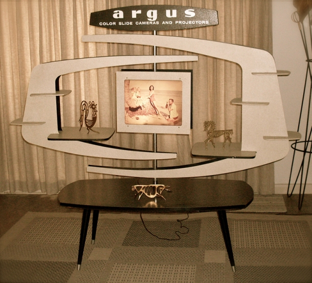argus camera 1950's display