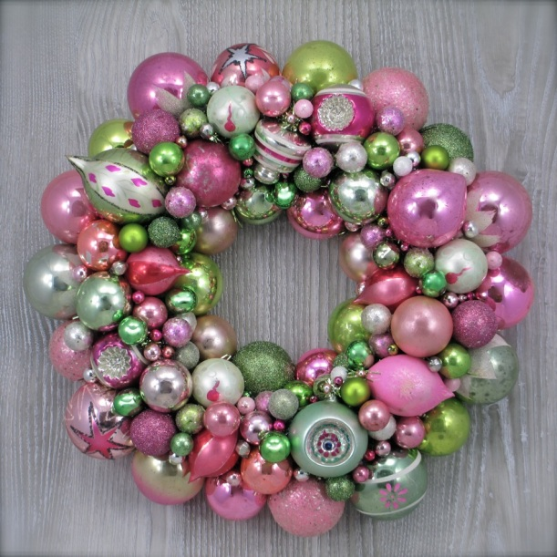 Vintage Christmas Ornament Wreath Pink Green