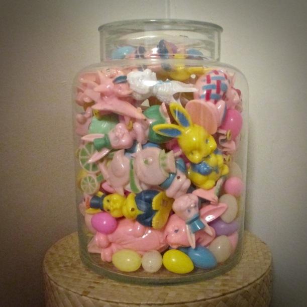 Rosbro plastic rabbits